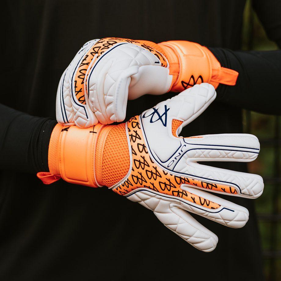 AB1-Impact-UNO-Negative-PRO-Icon-Goalkeeper-Gloves-3.jpg