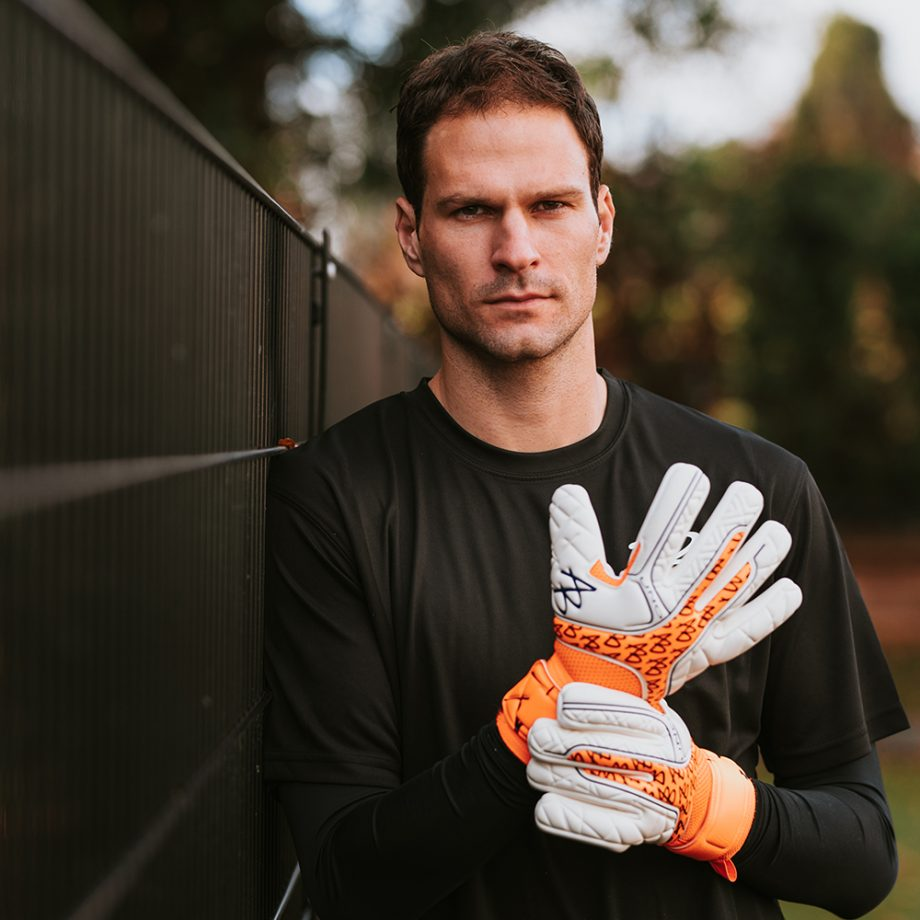 AB1-Impact-UNO-Negative-PRO-Icon-Goalkeeper-Gloves.jpg